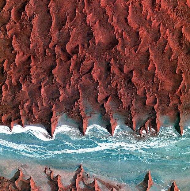 Namib-Dunes-620