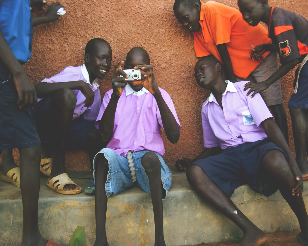 sudan-children-camera