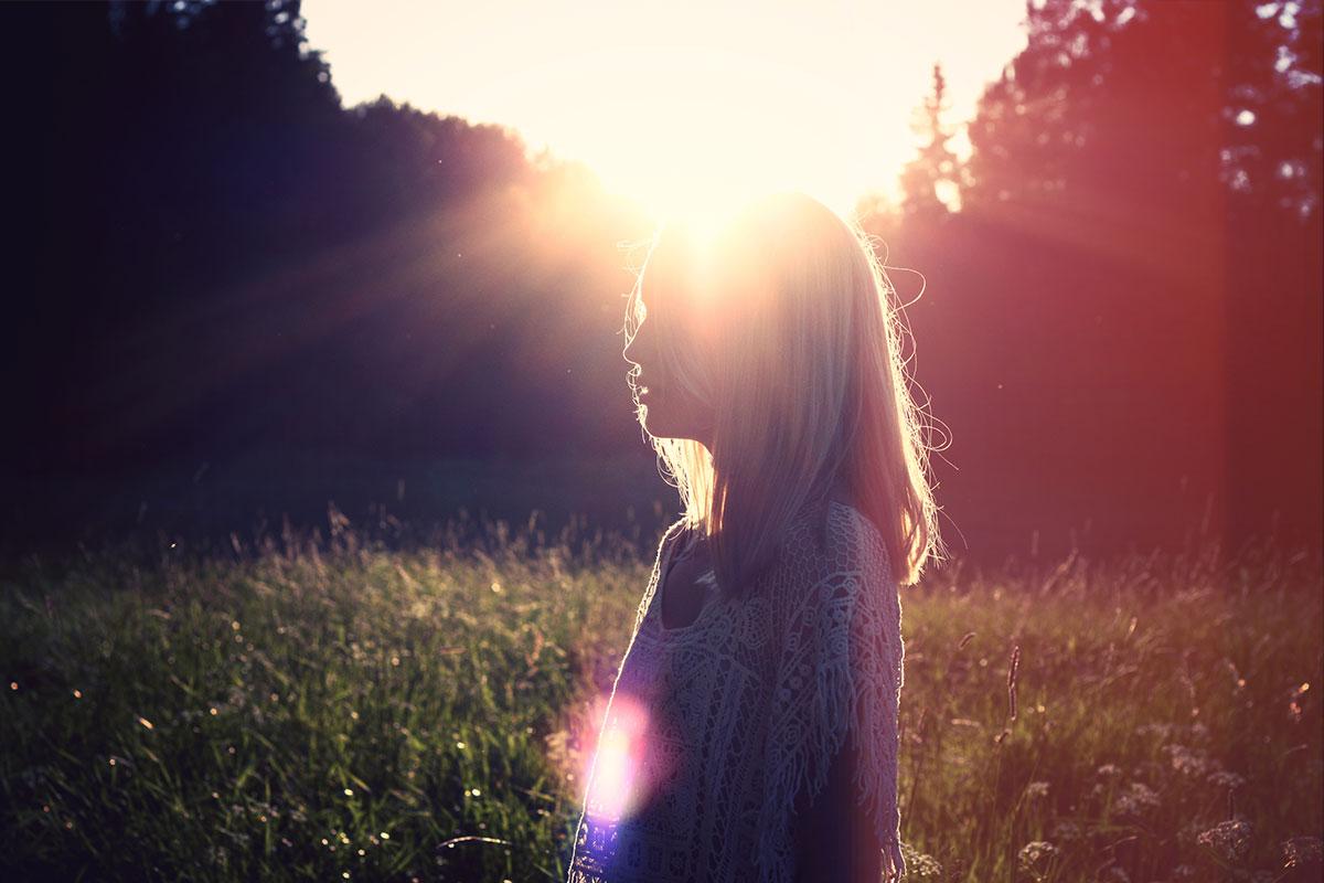 brain-tumor-interview-girl-sun-backlit
