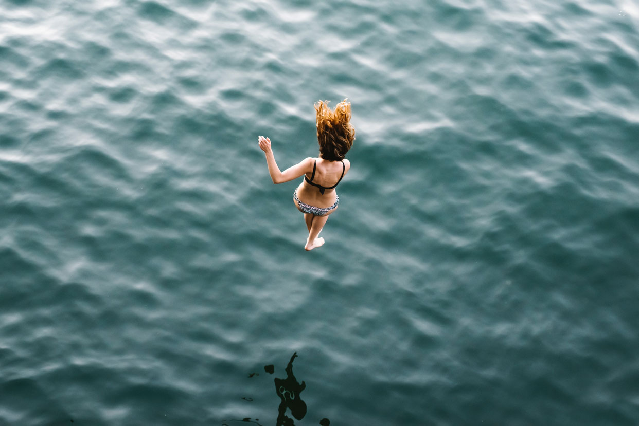 life-your-purpose-make-the-leap-girl-water