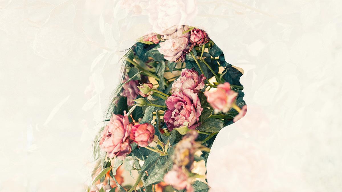 chinese-herbal-medicine-girl-flowers-head-2