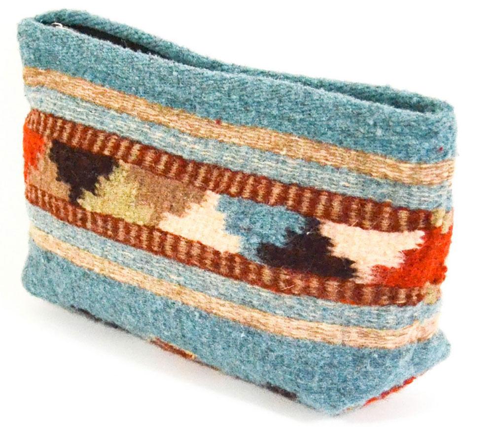 Manos-Zapotecas-clutch-handbag
