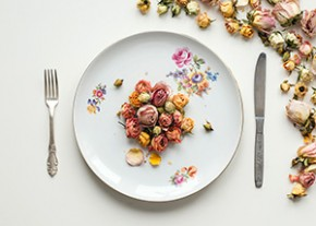 The Art of Intuitive Eating: What Food Cravings Are Really Trying to Tell You